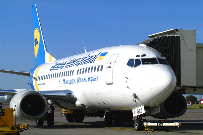 Ukraine International Airways - Boeing 737