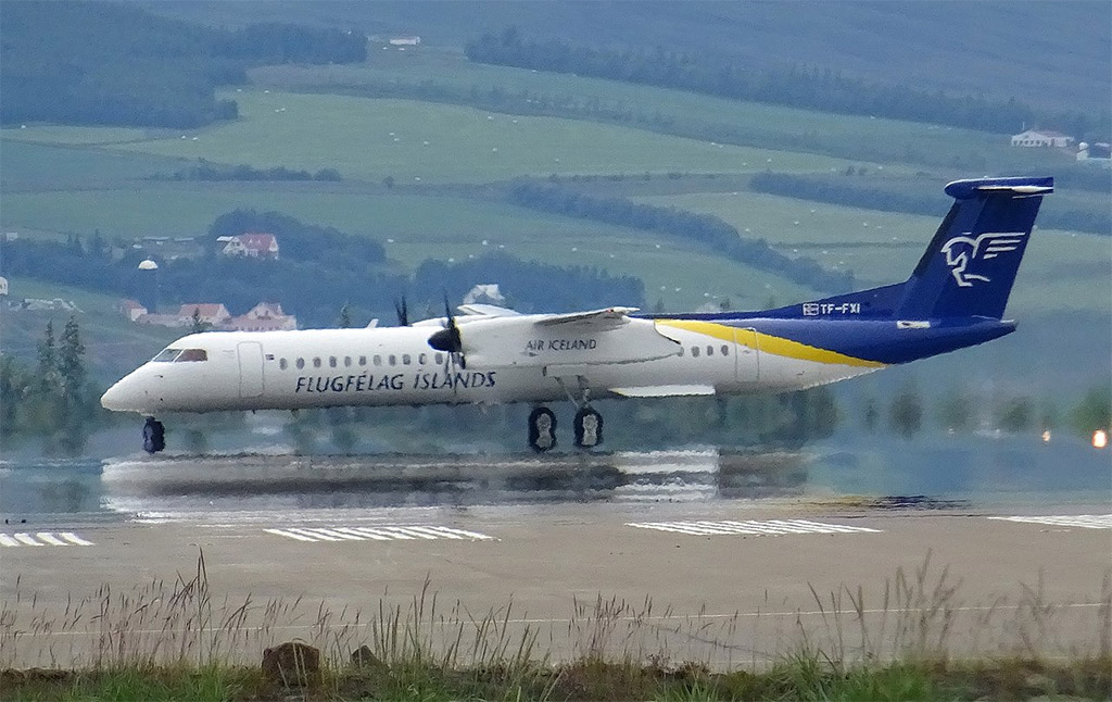 Bombardier Q400 společnosti Air Iceland Connect (foto: Eric Salard/Wikimedia Commons - CC BY-SA 2.0)