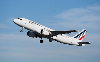 Air France - Airbus A320 (foto: Alf van Beem/Wikimedia Commons - Public Domain)