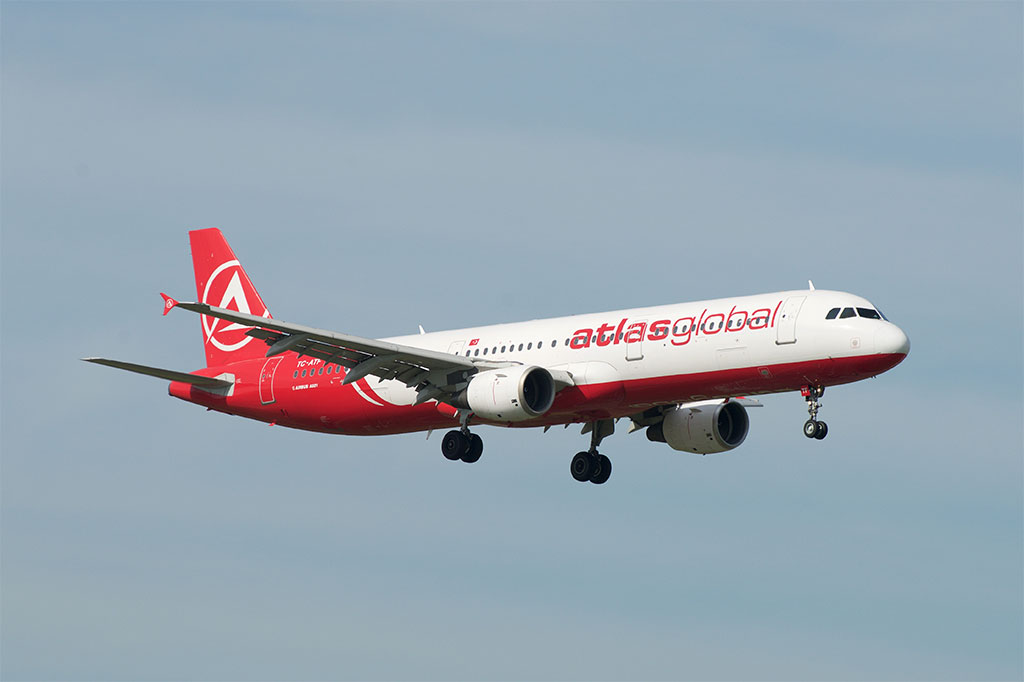 AtlasGlobal - Airbus A321 (foto: BriYYZ/Wikimedia Commons - CC BY-SA 2.0)