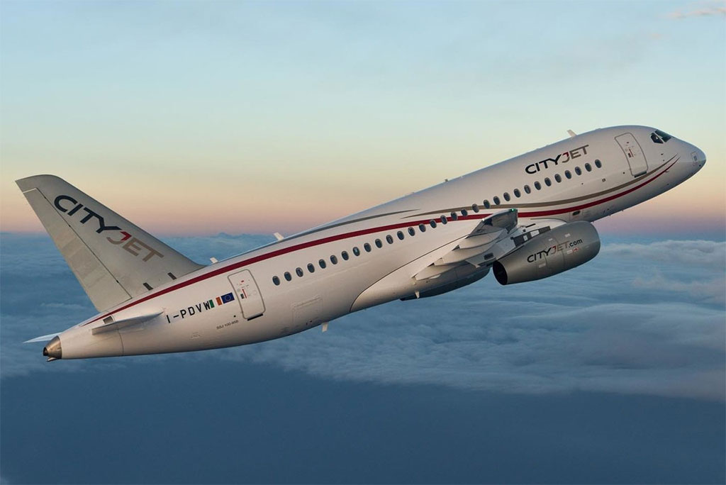 CityJet - Suchoj Superjet 100 (foto: SuperJet International/Wikimedia Commons - CC BY-SA 2.0)