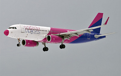 Wizz Air - Airbus A320 (foto: Anna Zvereva/Wikimedia Commons - CC BY-SA 2.0)